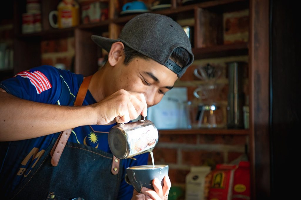 case01 裏通りのカフェをとっておきの隠れ家に変える【カフェのコンサル】3